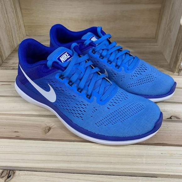 d4a17dd1ef44 Nike Flex 2016 Run Womens Running Shoe. M 5c70d71b7386bcfc4b4fa637